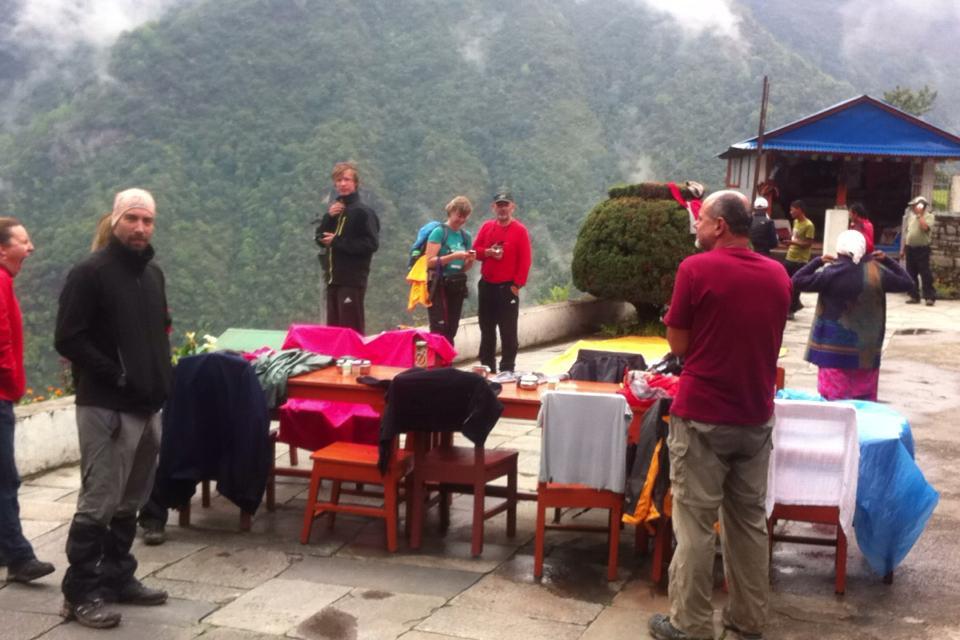 Terremoto próximo a Chomrong, Nepal.