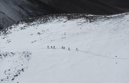 Descendo do cume do Vicuñas - Foto de Maximo Kausch