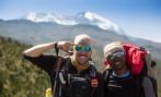 Maximo e Teacher a 3200m e o Kili no fundo
