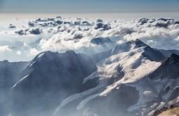 Vista para o Oeste no lado Chileno que fica a 6km do Aconcagua. Isso foi no dia do que fizemos cume 15 de fevereiro - Foto de Gabriel Tarso