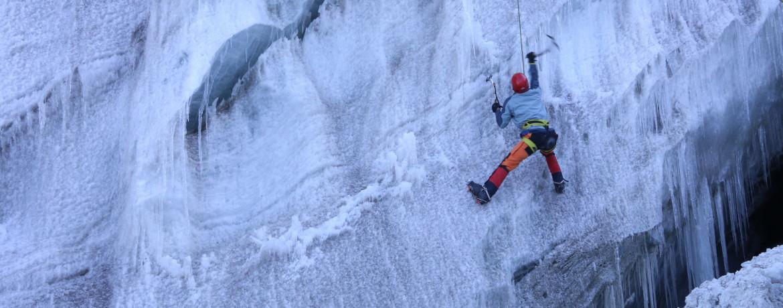 Escalando gelo 3