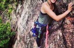 Escalando rocha na região de Curitiba