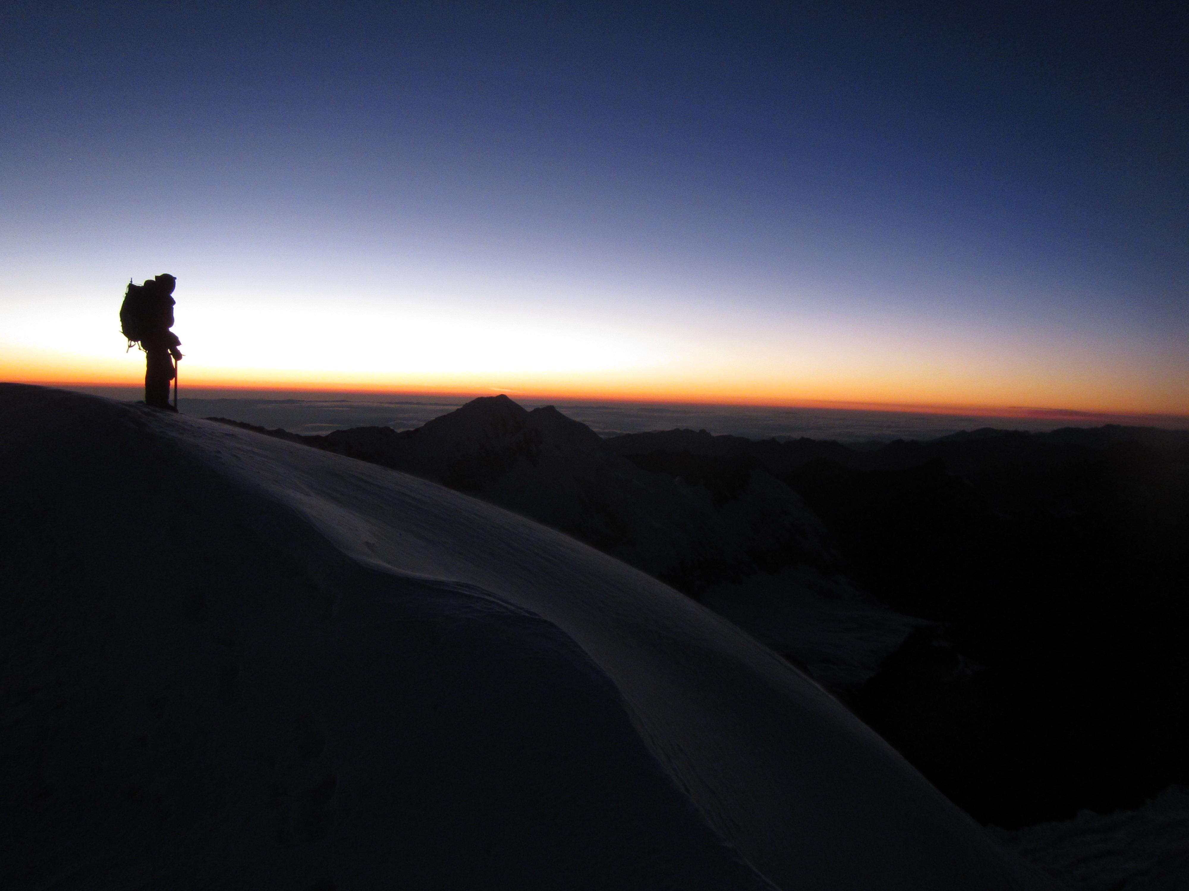 Amanhecer visto do caminho do Chaupi Orko, Bolívia - Foto de Maximo Kausch