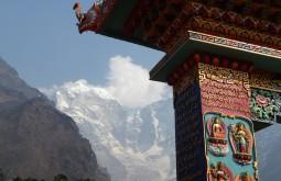 Templo budista em Tengboche, Nepal - Massiço Thamserku ao fundo - Foto de Maximo Kausch