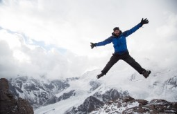 ACONCAGUA - Cedric Chamaillard voando a 5050m apos nevasca 2 - Foto Gabriel Tarso