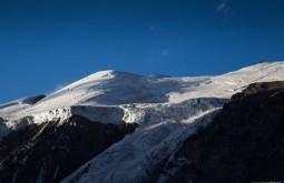 ACONCAGUA - Glaciar oeste do Cuerno visto desde Plaza de Mulas a 4300m - Foto Gabriel Tarso