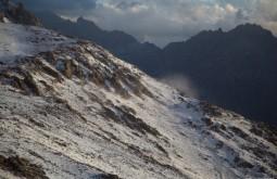 ACONCAGUA - Neve sendo carregada pelo vento a 5050m - Foto Gabriel Tarso
