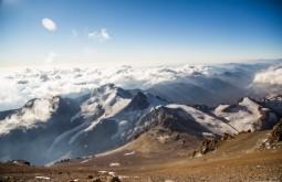 ACONCAGUA - Vista de 6720m para o maciço do Cuerno - Foto Gabriel Tarso