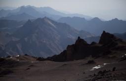 ACONCAGUA - Vista de Nido de Condores, há um acampamento pouco usado a 5300m chamado Cambio de Pendiente - Foto Gabriel Tarso
