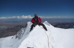 Cavalgando o cume do Chachacomani