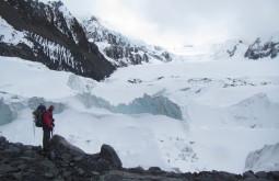 Glaciar de aproximação do Chaupi Orko pelo sul