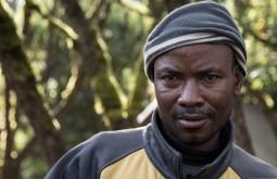 KILI - Um dos nossos carregadores em Machame - Foto Gabriel Tarso