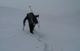 Maximo con neve até a coxa no Chachacomani