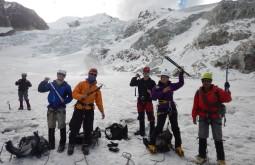 Galera durante treinamento em glaciares - maximo_kausch_DSCN0359
