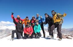 Nossa equipe de 2017 no cume do Vicuñas