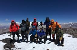 Nosso time de 2017 no cume do Vicuñas