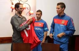 Com a equipe portuguesa de futebol - João Garcia