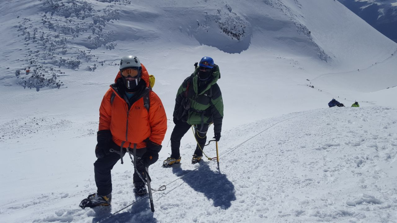 Monte Elbrus dia de cume Maximo Kausch (1)