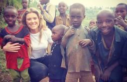 Trabalhando em projeto solidário na África