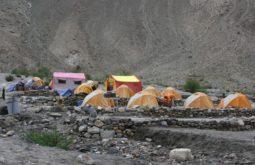 Acampamento em Jhula