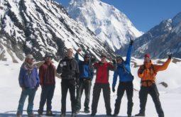 Equipo em Goro, Glaciar Baltoro, Paquistão - Foto de Maximo Kausch