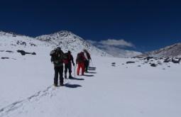 Caminho ao cume do Vicuñas - Foto de Gustavo Uria