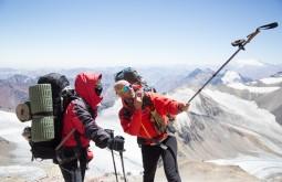 Gustavo Ziller e Maximo Kausch a 5800m no Aconcagua