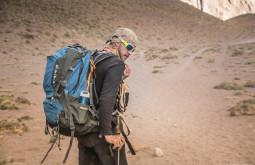 Maximo e sua Deuter a 3300m no Aconcagua