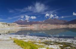 Nevados Ermitaño e Laguna Blanca vistos de Laguna Verde 4300m - Foto de Emiliano Araujo