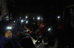 Nossa equipe jantando a 5250m - Foto de Diego Coco Calabro
