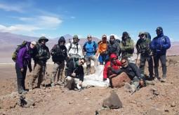 Nossa equipe no 7 Hermanos 4500m - Foto de Javier Callupan
