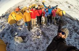Nossa equipe no acampamento 1 5050m, Canada - Foto de Gabriel Tarso
