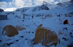 Plaza de Mulas após nevasca - Foto de Ashok Kipatri