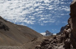 ACONCAGUA - Primeira vista do cerro Cuerno 5350m - Foto Gabriel Tarso