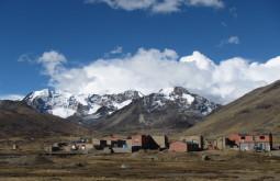 Caminho a Pelechuco, Cordilheira Apolobamba