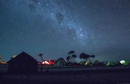 KILI - O acampamento Shira à noite - Foto Gabriel Tarso