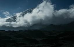 KILI - Vista do cume durante a descida - Foto Gabriel Tarso