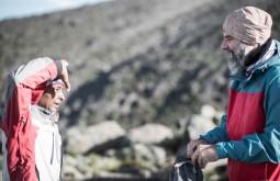 KILI - Ziller e Chacha conversando na manhã do penúltimo dia antes do cume a 4100m - Foto Gabriel Tarso
