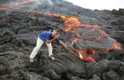 Rio de lava no Vulcão Pacaya
