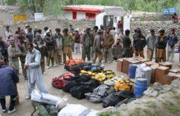 Organizando a carga para carregadores em Jhula
